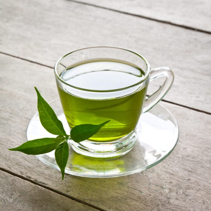 Kop groene thee