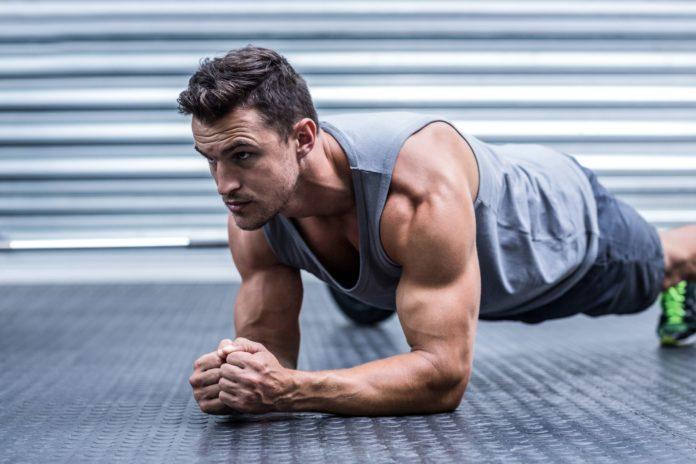 8 ideeën voor een effectieve upper body workout thuis